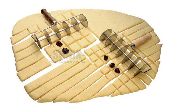 Multi Wheel Pastry Cutter 6 X 3 Cm Strips 463 00kč